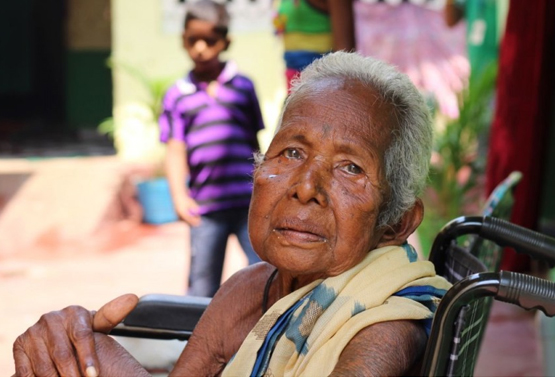 A Memorable Visit to Old Age Home